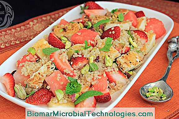 Salted Quinoa Salad With Strawberries